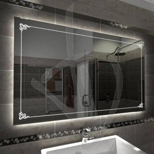 badspiegel-mit-dekoration-b001