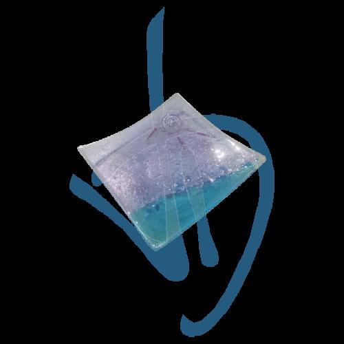 murano-glas-herzstueck-lila-und-hellblau-handgefertigt