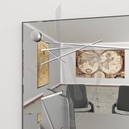 spiegelwand-mit-nieten-und-dekoration-a037